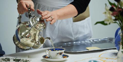 紅茶の先生