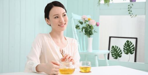 紅茶の専門店の講師
